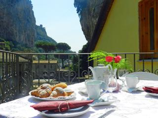 Chiara, Amalfi