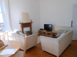 Lovely 2 Bed Flat  in West End, Glasgow