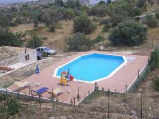 casale rustico con piscina privata