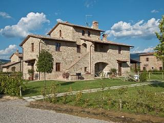 Fratta-Santa Caterina Villa Sleeps 7 with Pool and Air Con - 5827538