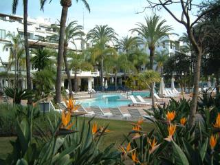 La Alcazaba with Wi-Fi close to all amenities, Puerto Banús