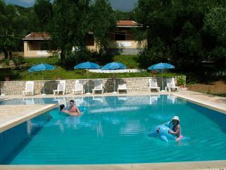 Villa Stefanos, Barbati