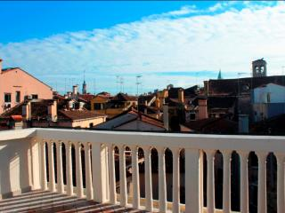 Rialto terrace with stunning view, Veneza