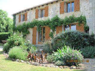 Merlot gite holiday cottage, Teuillac