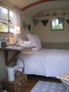 Shepherd Hut which can be used in conjuction if required.  Sleeps 2 very comfortably