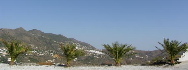 Enjoy the 270 degree PANORAMIC views
