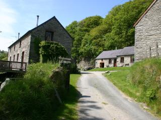 Troedyrhiw Holiday Cottages, Cardigan