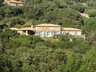 Chambres d'Hôtes  MASSACAN  terrasse vue MER, Le Lavandou