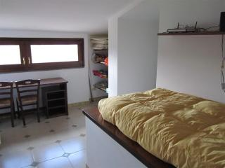 Una stanza da letto singola