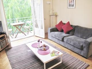 Les Narcisses: Sunny 2 Bedroom apartment in Nice, Niza