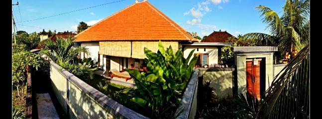Chilli Bali Surf  Villa