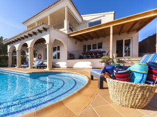 Luxury Villa with Heated Pool and Sea Views, Binibeca