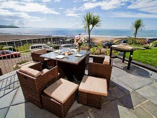 Ocean View Penthouse - Woolacombe seafront!