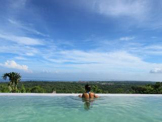 Infinity pool with ocean view