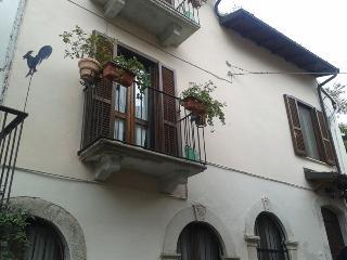 storica casa di villaggio, Introdacqua