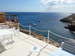 Fancy Villa - awesome seaview, Lampedusa