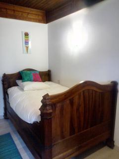 l'autre lit de la chambre gourmandises