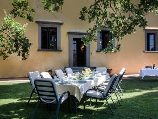 Villa La Querce, elegant property with private pool and winery