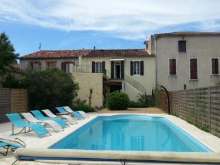 Maison familiale avec piscine, Servian