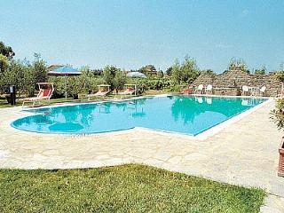 2 bedroom Villa in Camucia-Monsigliolo, Tuscany, Italy - 5228854