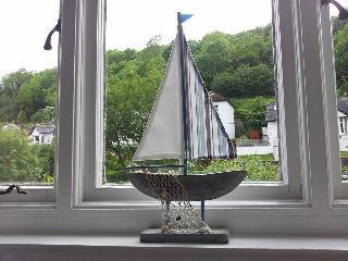 Sail away at Sunny Harbour