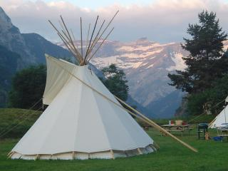Tipis indiens + bergerie***