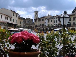 IN THE HEART OF GREVE IN CHIANTI