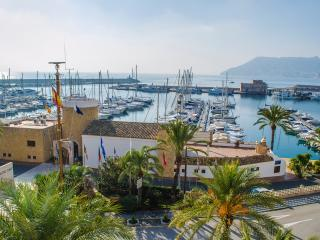 El Velero, cheap holidays for groups of 10, Calpe