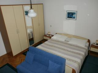 Lovely apartment Mirna for 5, Lovran