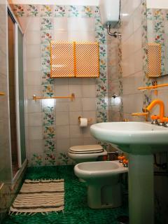 Bathroom villa Vesuvio