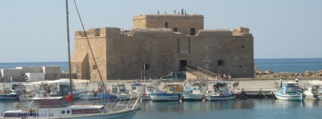 Enjoy a meal or drink at the habrour with fishing and the castle (15km from the villa)