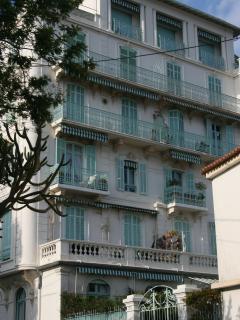 Apartment Building Profile