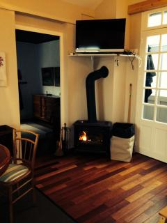Fire place in the living/dining room