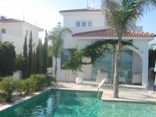Villa Blue Serenity