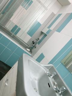 Salle de bain chambre 2 : Dolce Vita