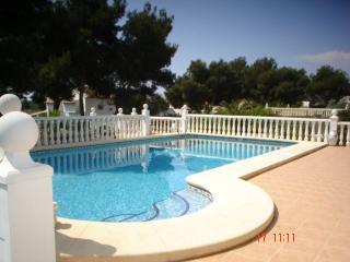 Villa Mieke-A quality villa by ResortSelector
