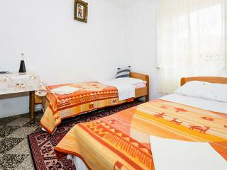 Rooms Kisic - Two-Bedroom Apartment