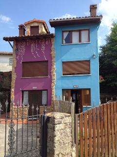 La Gavilueta (en azul), Poo de Llanes.