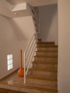 Escaleras subida planta alta
