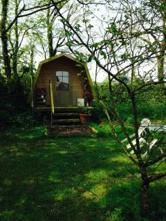 Situated in an established apple orchard. Room for 2 other tents.