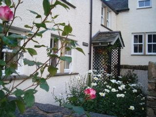 Low mill cottage Visit England  4* Charming 17th Century cottage, Newby Bridge