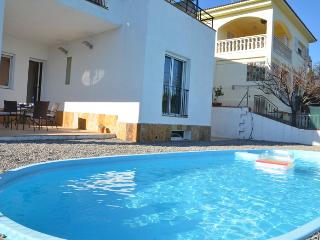 Property with pool and views in Sant Pol de Mar