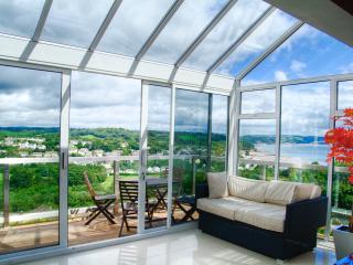 Sun room with Sea Views