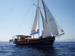 Cruise Gulet yacht