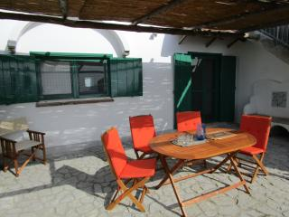 Apartment  Ginko with terrace and barbecue area, Ravello