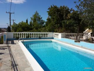 Villa, close to beach, airport