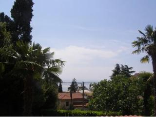 Opatija centre, family friendly apartment Dado