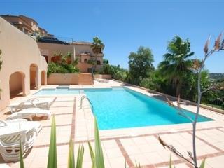 Appartement dans résidence avec piscine F112, La Croix-Valmer