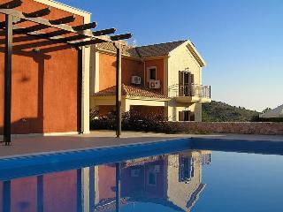 Kefalos Villa, Argostolion