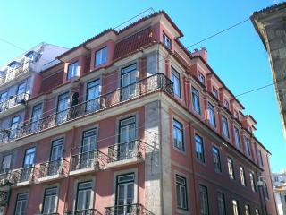 Modern Chiado 2BR + 2 Bath+ AC, Lissabon